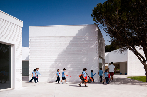 PROMONTORIO — Parque Kindergarten