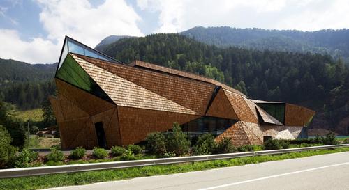 bergmeisterwolf — blocco, laboratorio di sculture in legno