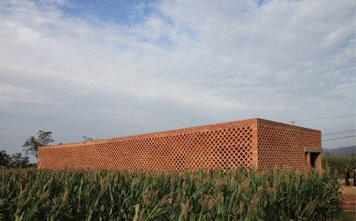 Rural Urban Framework, John Lin — A House for All Seasons