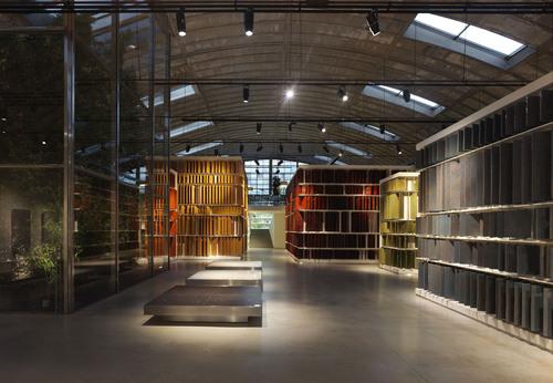 Alessandro Bucci Architetti — Sala mostra Cooperativa Ceramica d'Imola, FASE II