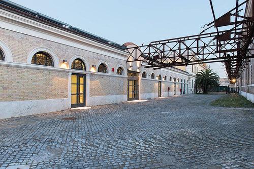 Insula Architettura e Ingegneria S.r.l. — RICONVERSIONE DELL'EX MATTATOIO IN CAMPUS UNIVERSITARIO.