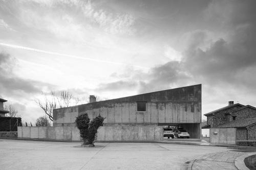 Elisa Valero — La casa enTera