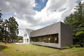 Franz-einfamilienhaus-eichgraben-kuku-outside-03_normal