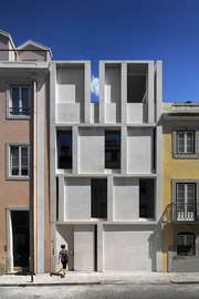 Arx-portugal-house-in-lisbon-9_normal