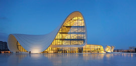 Zaha-hadid-heydar-aliyev-center-4_normal