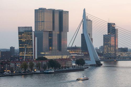 OMA — De Rotterdam