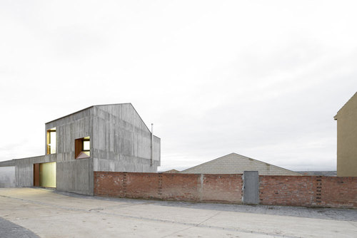 alcolea + tárrago arquitectos — MP House in Sesma