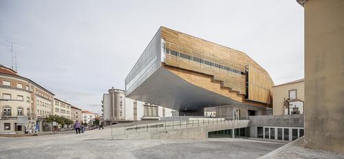 mateo arquitectura — Centro Cultural en Castelo Branco