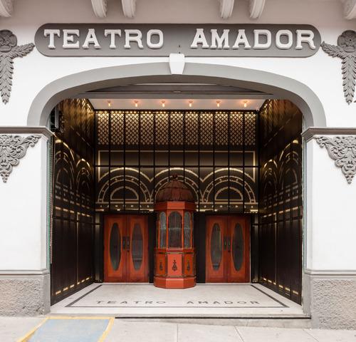 Fémur arquitectura — Teatro Amador