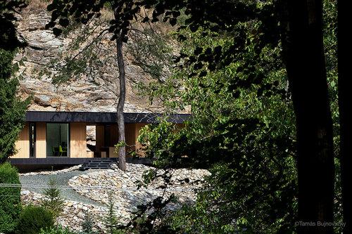 Béres Architects — Hideg House
