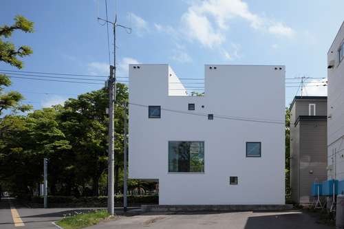 Keikichi Yamauchi architect and associates — White Collage