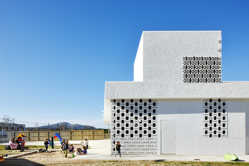 SMS Arquitectos — Nursery and primary school