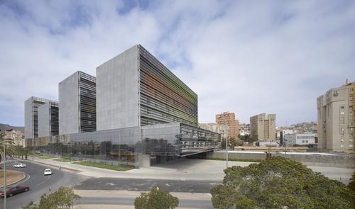 José Antonio Sosa + Magüi González + Miguel Santiago, nred arquitectos — Law courts complex