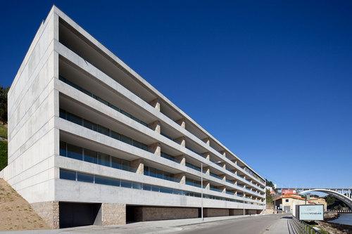 João Paulo Loureiro — Edifício Cais do Cavaco