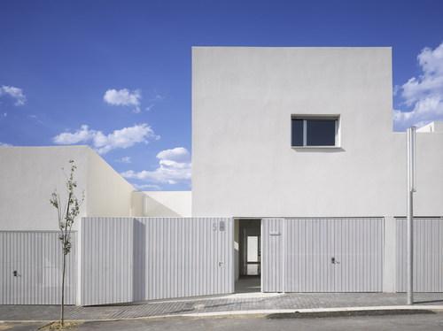 Estudio Entresitio  — 43 public dwelling in Almuradiel