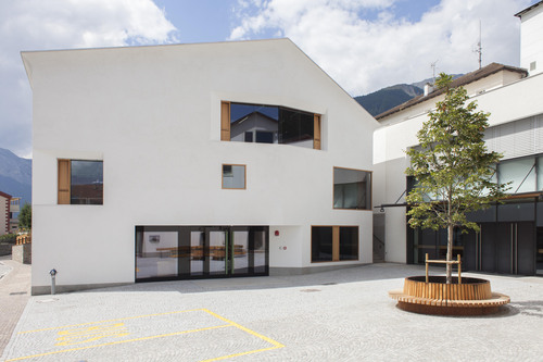 Cez Calderan Zanovello Architetti — Scuola elementare di Tubre