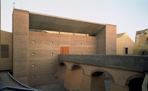 Jose Ignacio Linazasoro — Restauración del Hospital del Rey