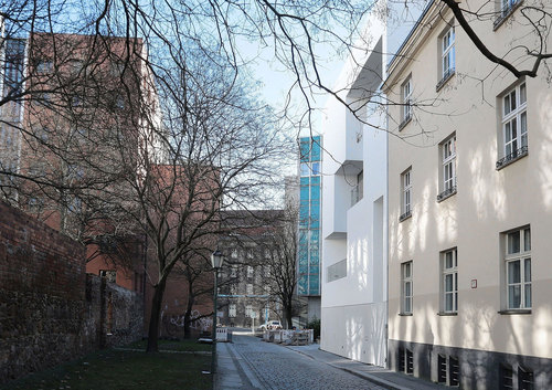 Atelier Zafari Architecture — Housing at the old City Wall of Berlin