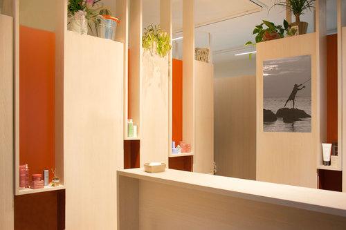 Flavia benigni interni di un centro estetico divisare for Arredamento per estetica