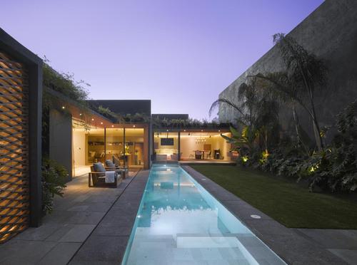 Ezequiel Farca — Barrancas House