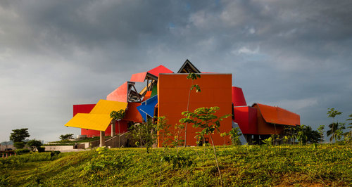 Frank Gehry — Museum of Biodiversity