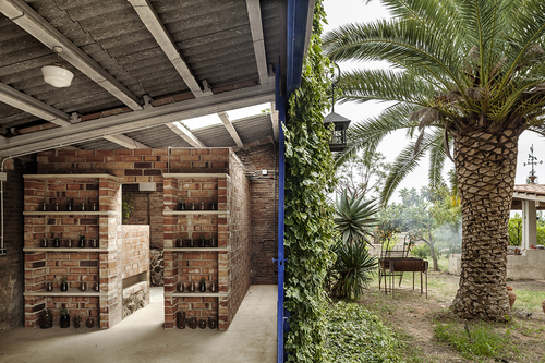 Clara Nubiola — CHANGING ROOM CUBE FOR A GARDEN WITH A POND · Clara Nubiola