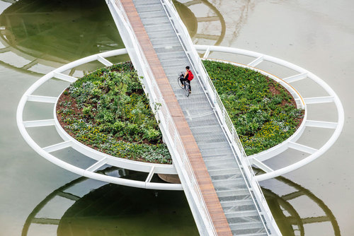 LOEBCAPOTE Arquitetura e Urbanismo — Friedrich Bayer Bridge