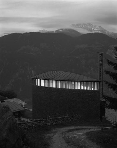 Architekturbüro Peter Zumthor — Caplutta Sogn Benedetg