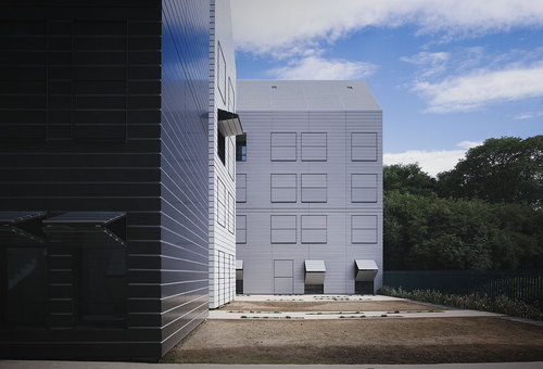Elizabeth Naud Et Luc Poux Architectes — 160-unit home for dependent elderly people in Villejuif