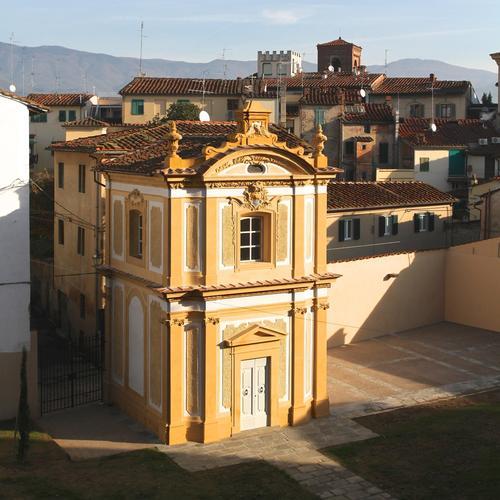 Alessandro Suppressa, arch.Antonella Galli — Restauro delle parti esterne della Cappella del SS.Crocifisso  Ex convento delle Monache da Sala - Pistoia