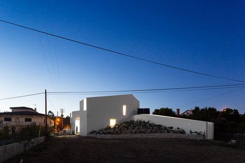 Contaminar Arquitectos — Texugueira House