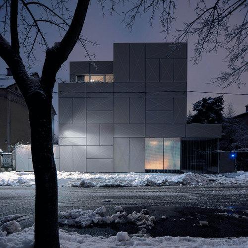 Ofis Arhitekti — Villa Criss-Cross Envelope
