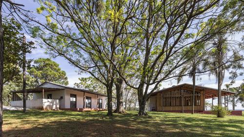 CELLA estudio de arquitectura, Ramiro Sosa (Photographer) — La Angela House