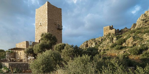 Kostas Zouvelos, Kassiani Theodorakakou, George Meitner — Tainaron Blue Retreat