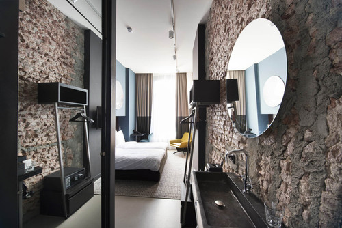 Jeroen de Nijs — Piet hein hotel