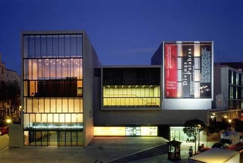 Paredes Pedrosa Arquitectos — Teatro Valle Inclán (teatro Olimpia)