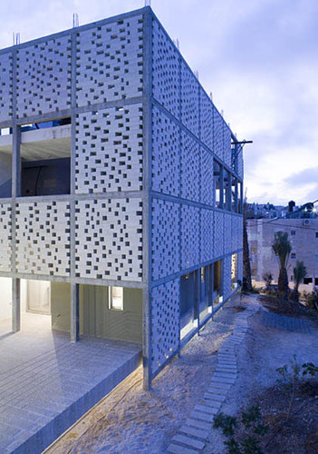 Senan Abdelqader Architects — The Mashrabiya House