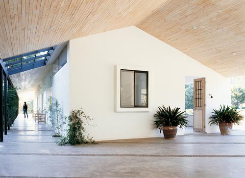Benjamín Murúa Acuña, Constanza Infante S., Murúa-Valenzuela arquitectos — Casa en el campo