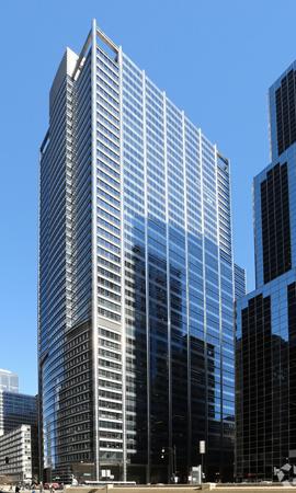 One-Wacker-Drive-Chicago-1