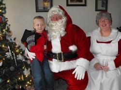 Santa visits harmony house