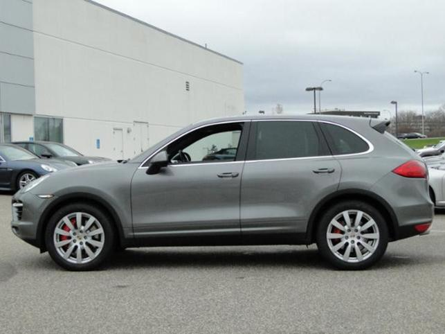2011-cayenne-awd-4dr-turbo