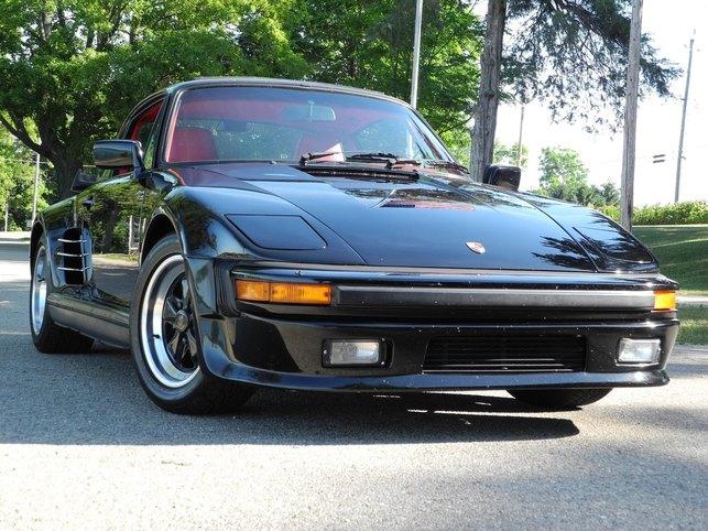 1986-930-turbo-slantnose