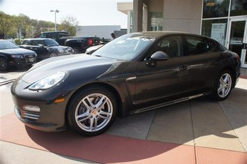 2011-panamera-4-1