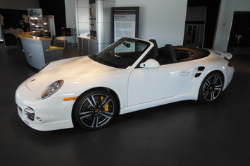 2011-911-turbo-s-cabriolet