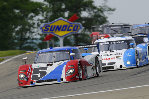 Here, the difference in old vs. new rear fenders is evident. Photo by Bob Chapman/AutosportImage.com