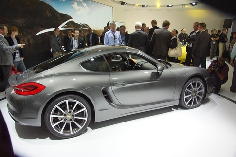 New Cayman debuts at LA Auto Show 1