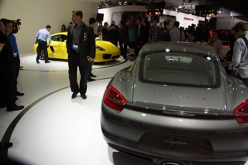New Cayman debuts at LA Auto Show 7