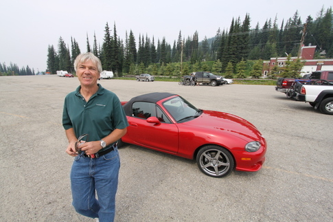 Kees and his wife Lorie have a thing for lightweight convertibles, as evidenced by their Mazdaspeed Miata. Photo by Pete Stout