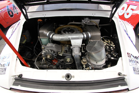 The 934&#39;s engine bay. Photo by Pete Stout