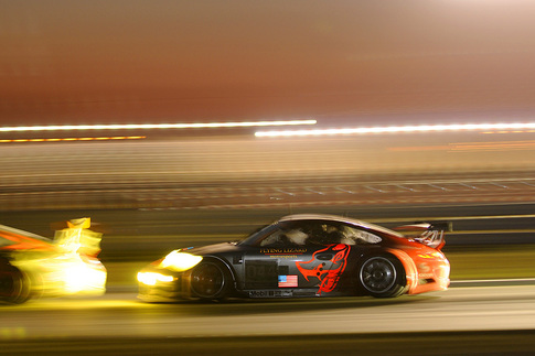 ALMS: The 12 Hours of Sebring runs into the night. Photo by Bob Chapman/AutosportImage.com